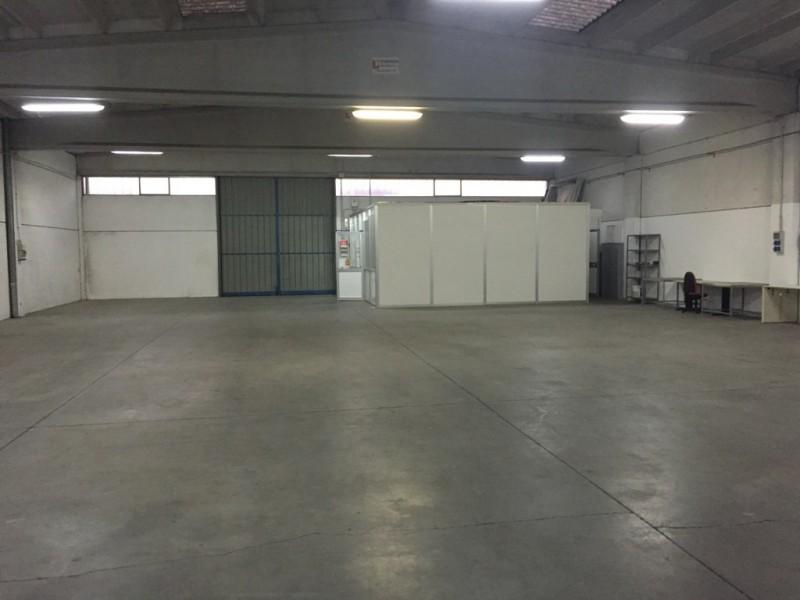 Laboratorio in affitto a Basiliano, 9999 locali, prezzo € 800 | Cambio Casa.it