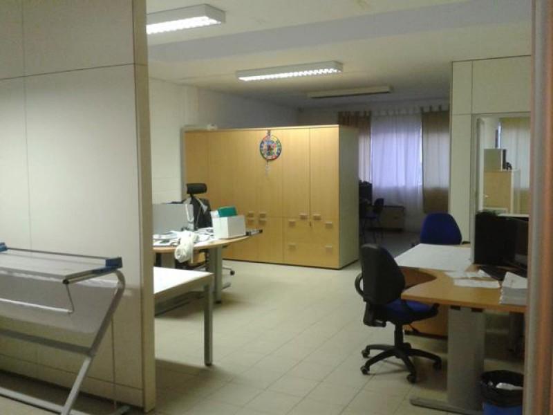 Ufficio / Studio in affitto a Tavagnacco, 2 locali, prezzo € 800 | Cambio Casa.it