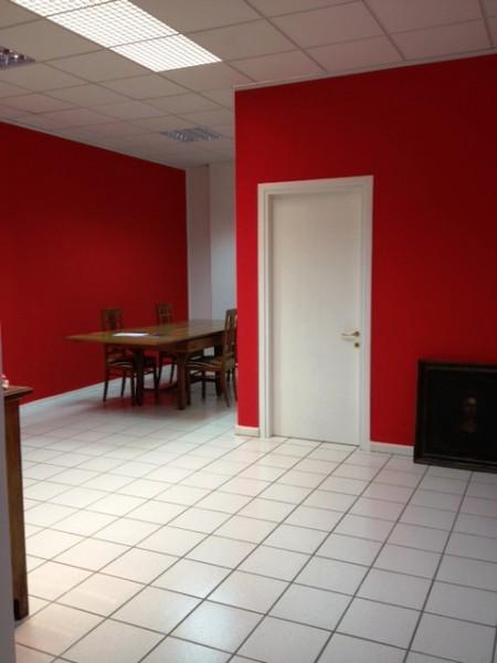 Ufficio / Studio in affitto a Tavagnacco, 9999 locali, prezzo € 750 | CambioCasa.it