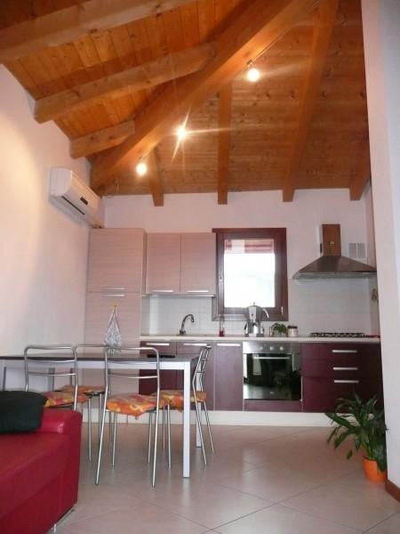 Appartamento in vendita a Tavagnacco, 9999 locali, prezzo € 105.000 | Cambio Casa.it
