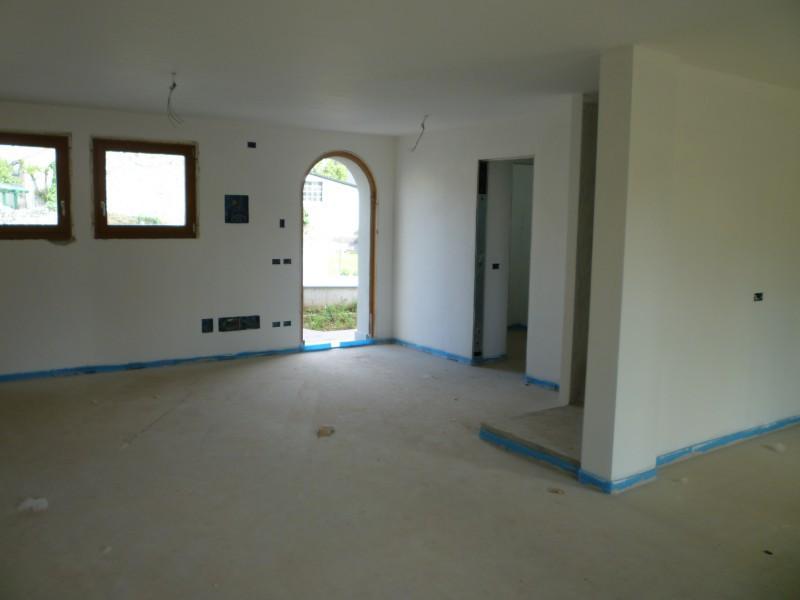 Villa in vendita a Rive D'Arcano, 9999 locali, prezzo € 230.000 | Cambio Casa.it