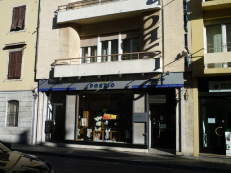 Negozio / Locale in affitto a Udine, 9999 locali, prezzo € 2.500 | CambioCasa.it