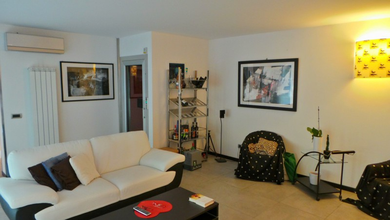 Casa Indipendente vendita CAMPOFORMIDO (UD) - 99 LOCALI - 315 MQ