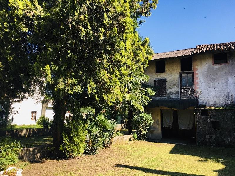 Casa Indipendente vendita MARTIGNACCO (UD) - 6 LOCALI - 700 MQ