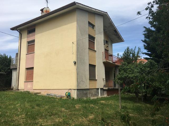 Casa Indipendente vendita COLLOREDO DI MONTE ALBANO (UD) - 7 LOCALI - 193 MQ