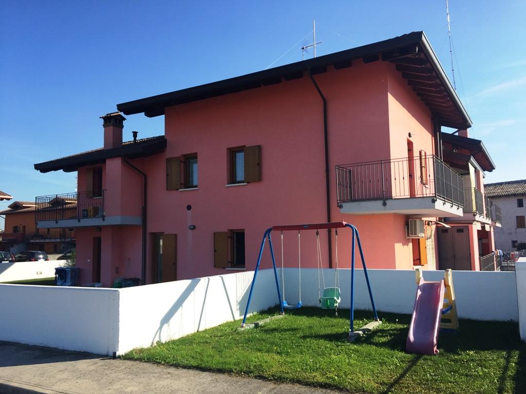 Appartamento in vendita a Reana del Rojale, 2 locali, zona Zona: Ribis, prezzo € 80.000 | CambioCasa.it