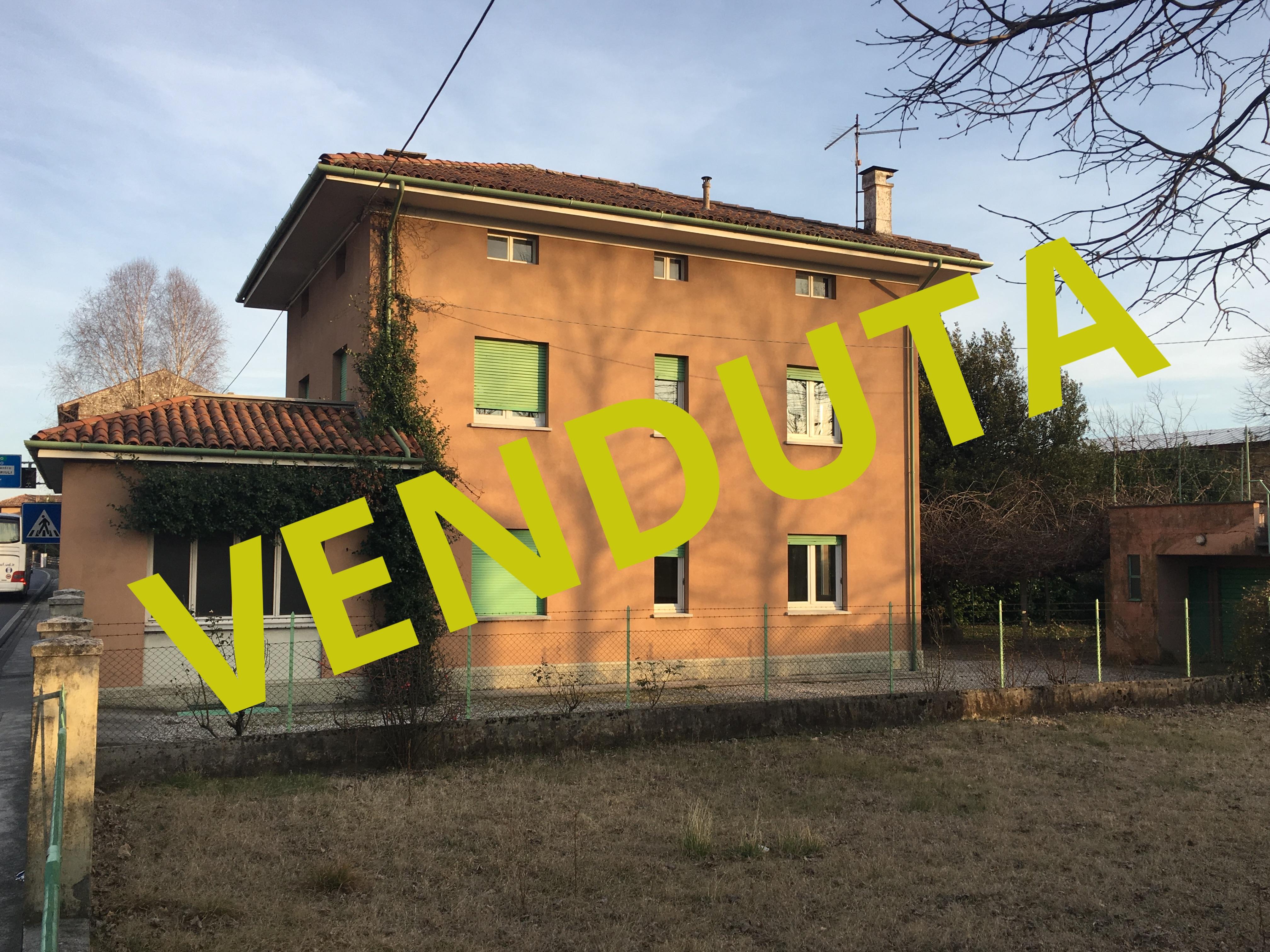 Casa Indipendente vendita PASIAN DI PRATO (UD) - 6 LOCALI - 277 MQ