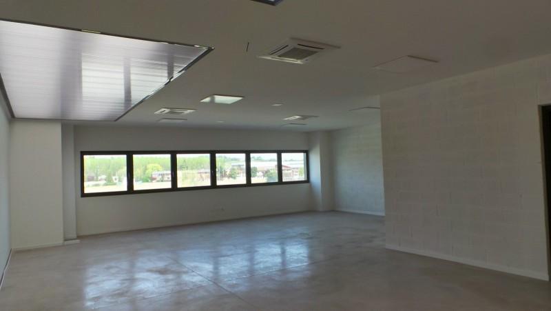 Ufficio / Studio in affitto a Buttrio, 1 locali, prezzo € 600 | Cambio Casa.it