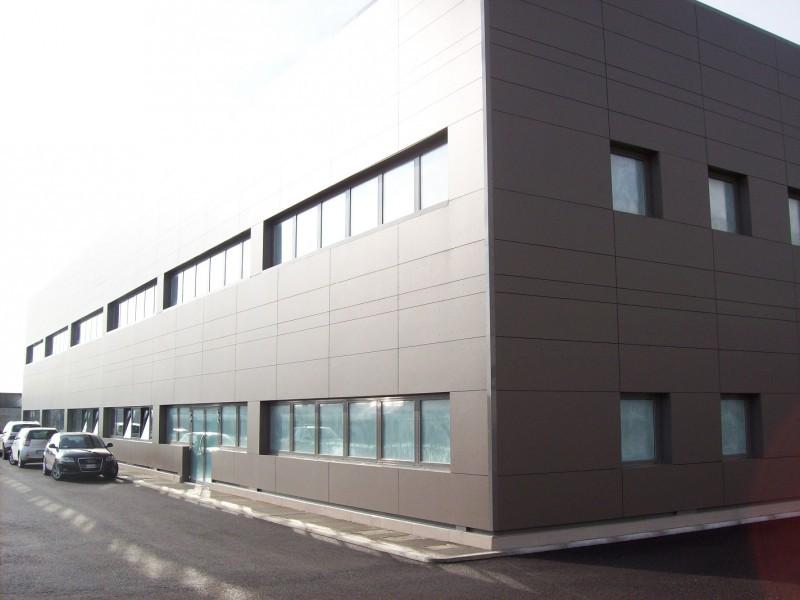 Ufficio / Studio in affitto a Buttrio, 9999 locali, prezzo € 1.100 | Cambio Casa.it