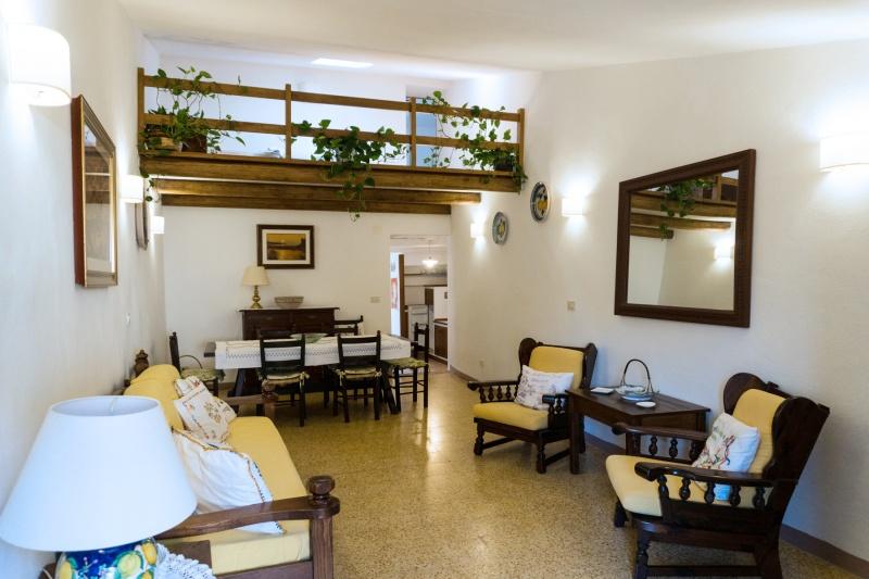 Appartamento Accogliente e Spazioso in Giglio Castello