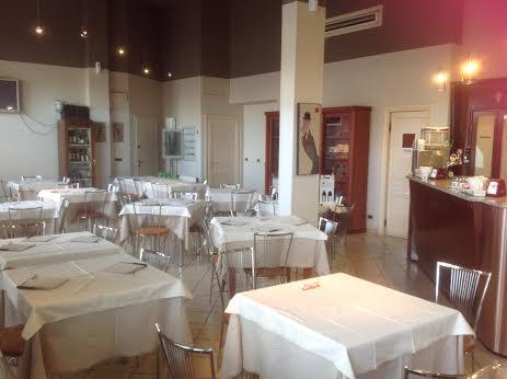 Ristorante / Pizzeria / Trattoria in vendita a Carignano, 9999 locali, Trattative riservate   Cambio Casa.it