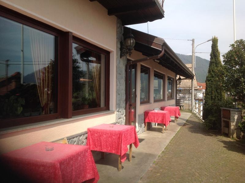 Ristorante / Pizzeria / Trattoria in vendita a Rubiana, 9999 locali, prezzo € 30.000   CambioCasa.it