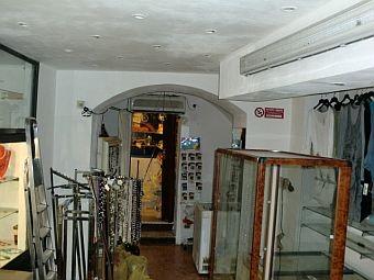 Negozio / Locale in vendita a SanRemo, 9999 locali, prezzo € 110.000 | CambioCasa.it