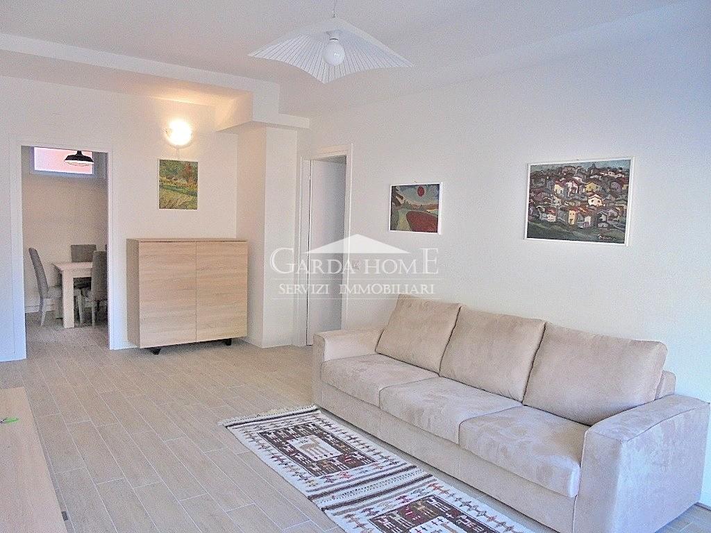 Appartamento arredato in affitto Rif. 8238495