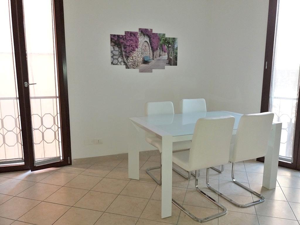 Appartamento arredato in affitto Rif. 7869008