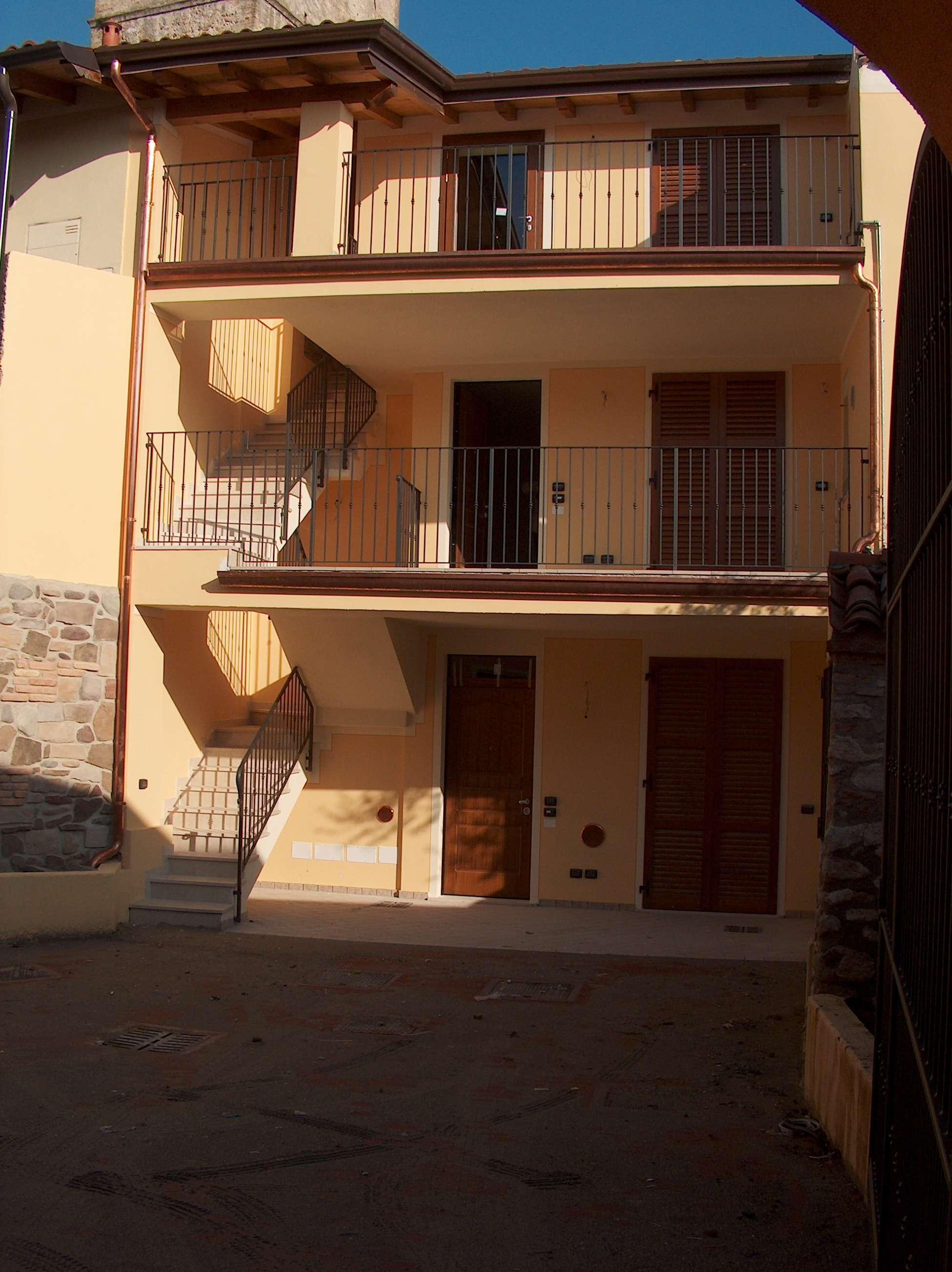 Appartamento da ristrutturare arredato in affitto Rif. 8827543