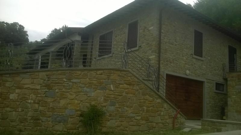 Nuova villa unifamiliare  in affitto - 250 mq