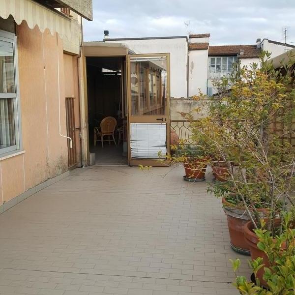 vendita attico mansarda in arezzo rif. v000632