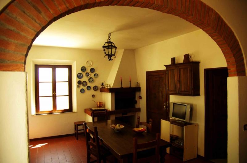 Charmig lägenhet mellan olivträd i Toscana - Vicopisano
