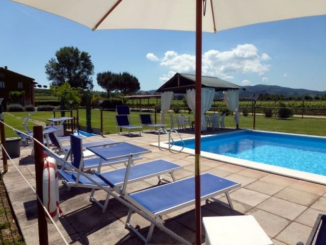 Appartamento BRUFA con piscina in azienda vinicola. Orto bio gratis, vino in omaggio. Free WIFI