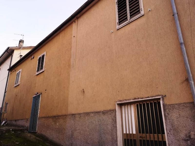 Casa Indipendente da ristrutturare arredato in vendita Rif. 8702496