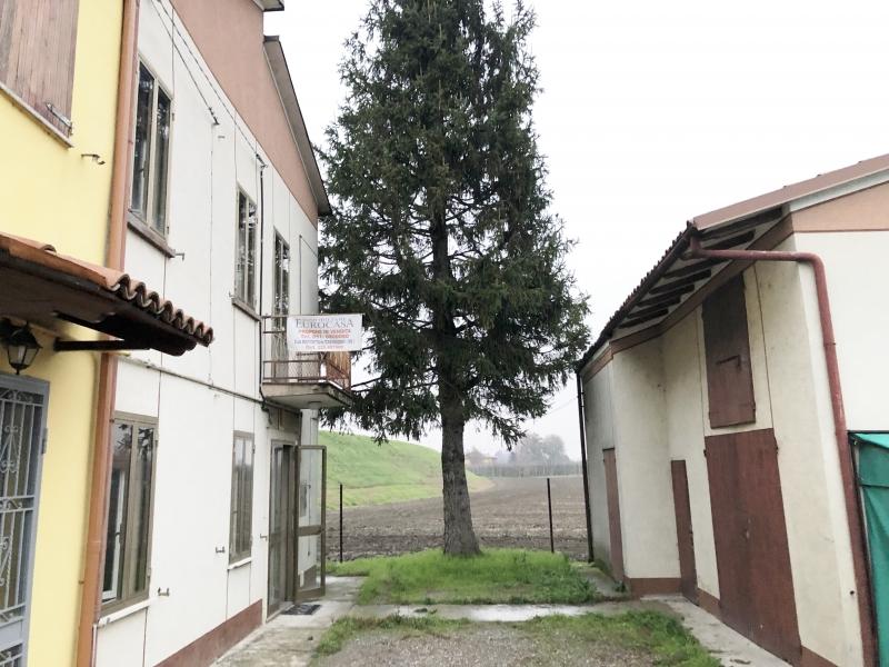 Casa Indipendente vendita FINALE EMILIA (MO) - 6 LOCALI - 140 MQ
