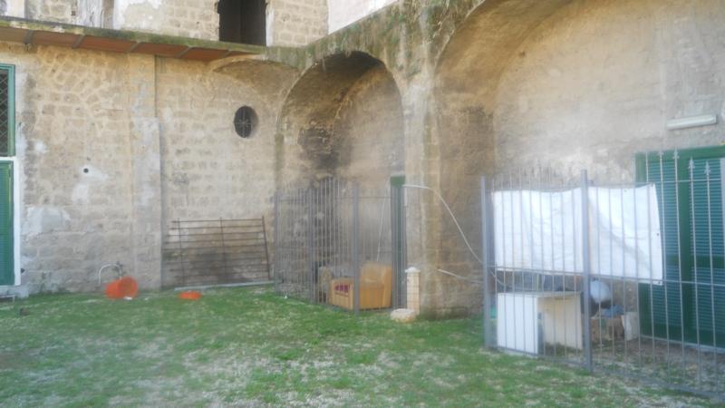 Palazzo / Stabile in Vendita a Aversa