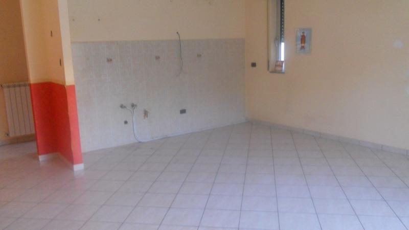 Appartamento affitto SAN MARCELLINO (CE) - 4 LOCALI - 100 MQ