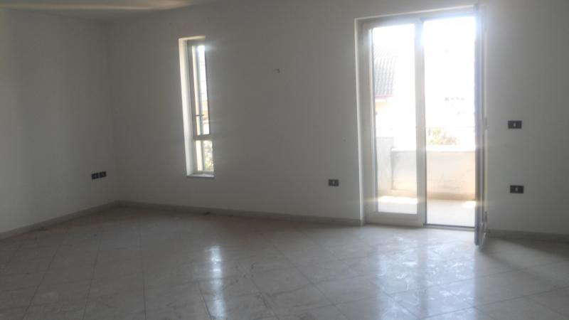 Appartamento in Vendita a Cesa