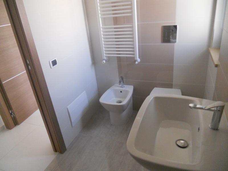Appartamento vendita TRENTOLA-DUCENTA (CE) - 4 LOCALI - 100 MQ - foto 6