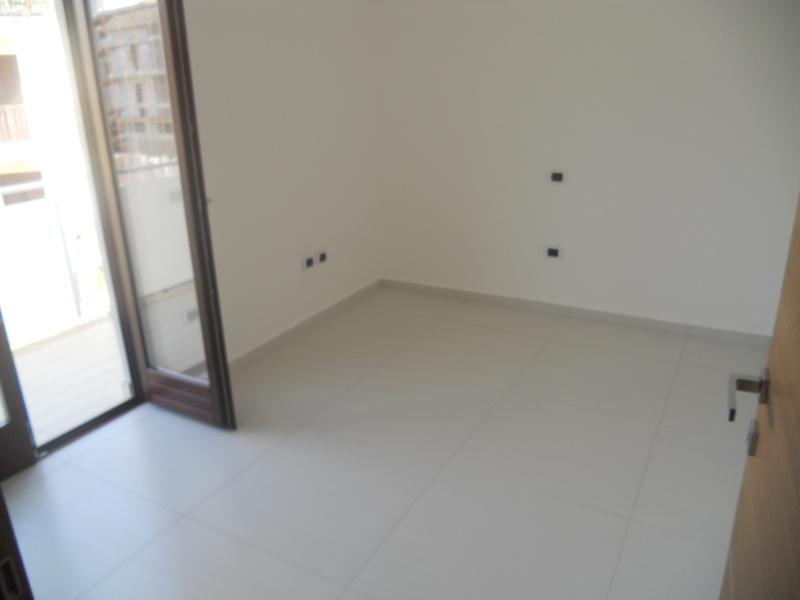 Appartamento vendita TRENTOLA-DUCENTA (CE) - 4 LOCALI - 100 MQ - foto 7