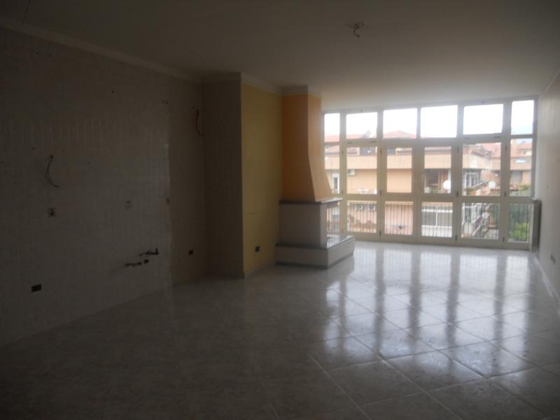 Appartamento vendita CASAGIOVE (CE) - 5 LOCALI - 160 MQ