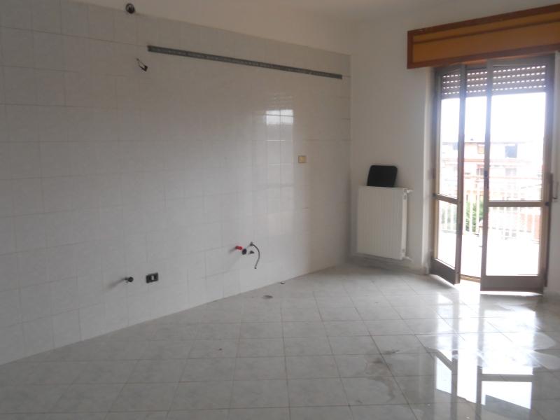 Appartamento affitto Qualiano (NA) - 3 LOCALI - 100 MQ