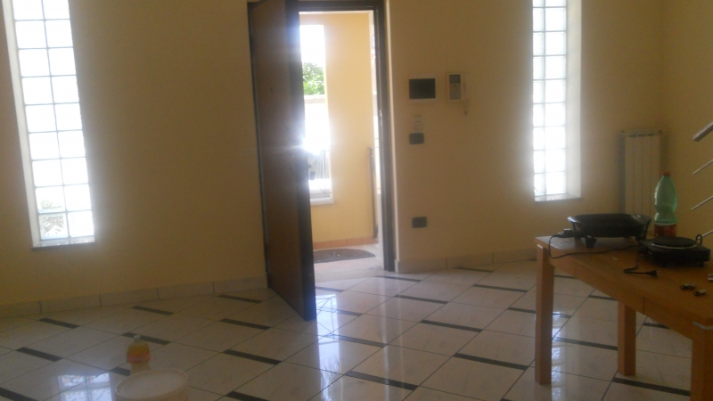 Villa in Affitto a Trentola-Ducenta