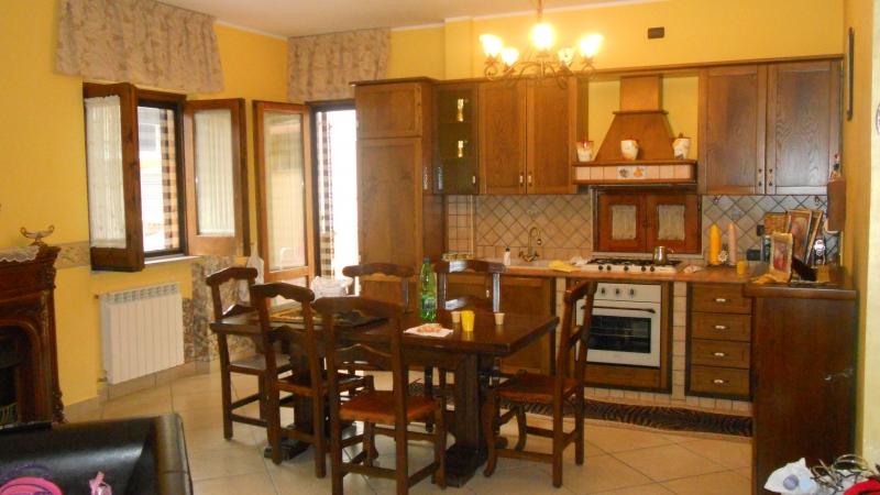 Appartamento vendita TRENTOLA-DUCENTA (CE) - 3 LOCALI - 100 MQ
