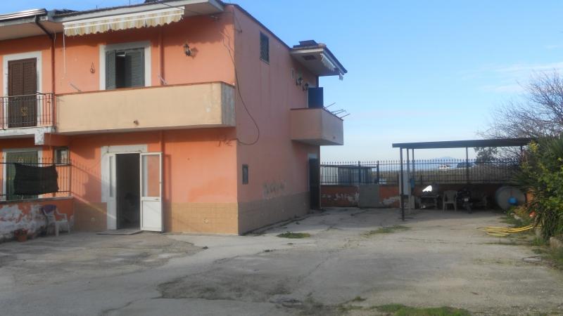 Casa Indipendente vendita GIUGLIANO IN CAMPANIA (NA) - 3 LOCALI - 120 MQ