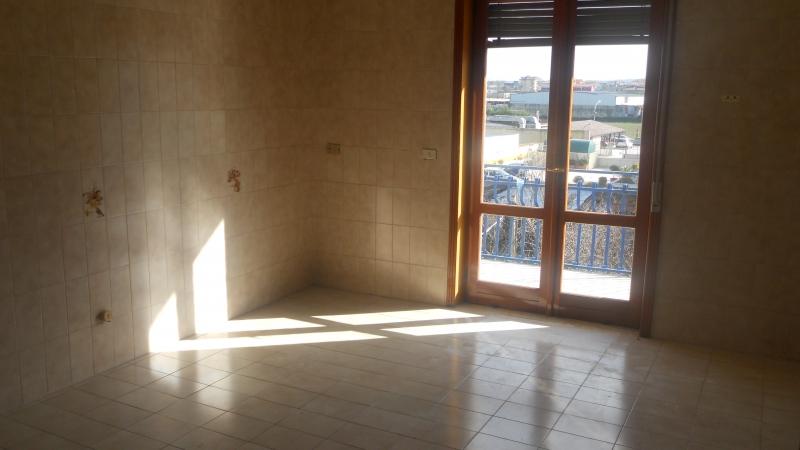 Appartamento in affitto a Aversa, 3 locali, prezzo € 400 | Cambio Casa.it