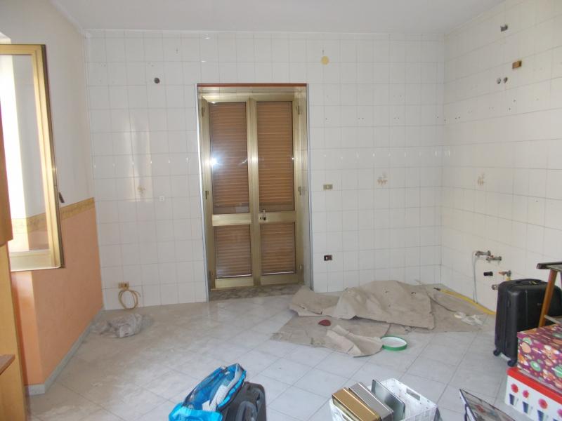 Appartamento affitto LUSCIANO (CE) - 3 LOCALI - 85 MQ