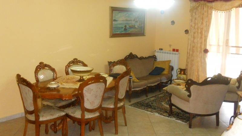Appartamento in vendita a Trentola-Ducenta, 4 locali, prezzo € 240.000 | Cambio Casa.it