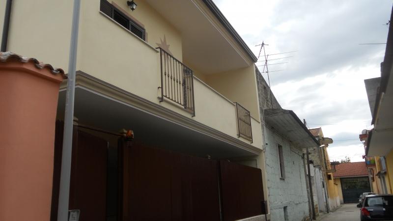 Casa Indipendente vendita TRENTOLA-DUCENTA (CE) - 4 LOCALI - 300 MQ