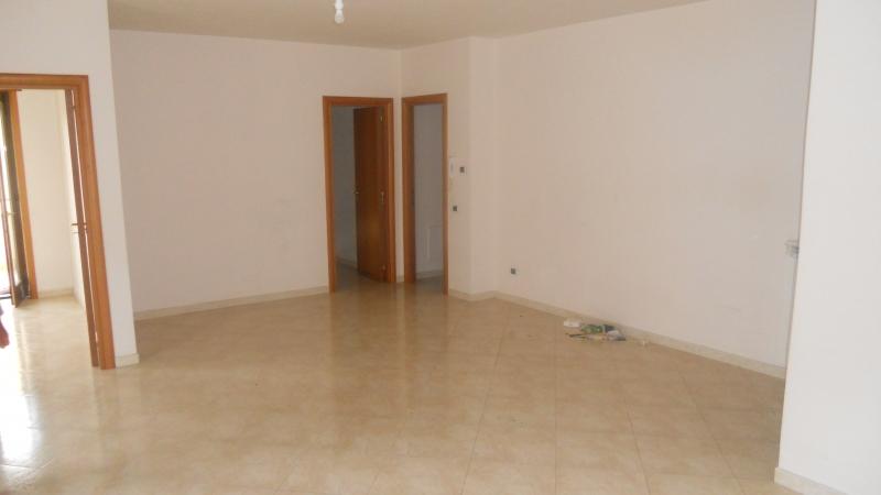 Appartamento affitto SAN MARCELLINO (CE) - 4 LOCALI - 125 MQ - foto 2