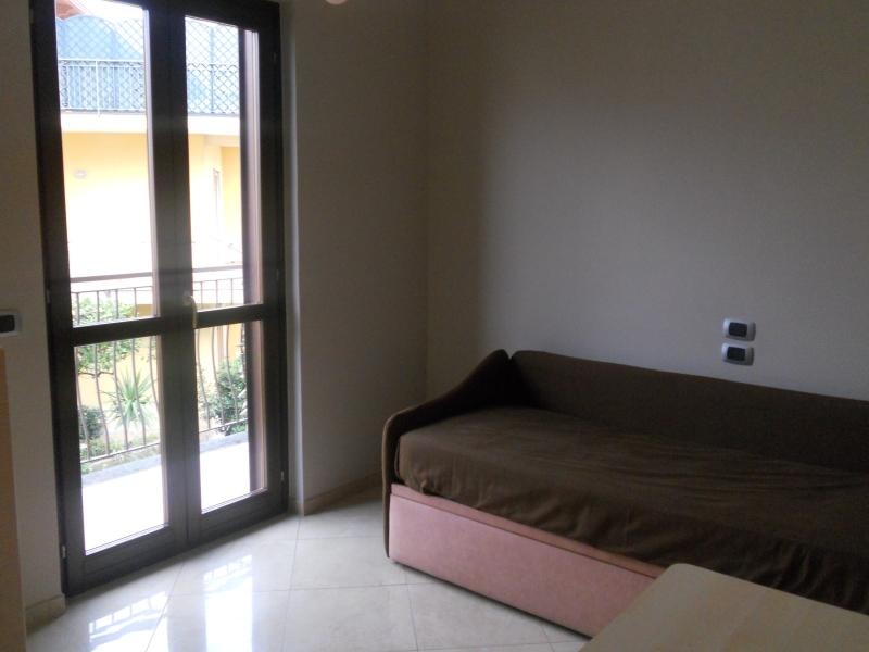 Appartamento vendita TRENTOLA-DUCENTA (CE) - 3 LOCALI - 90 MQ - foto 5