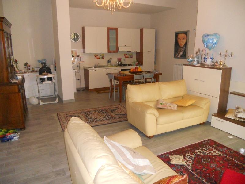 Appartamento vendita AVERSA (CE) - 3 LOCALI - 130 MQ