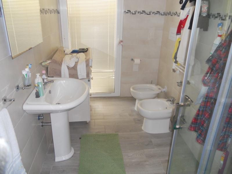 Appartamento vendita AVERSA (CE) - 3 LOCALI - 130 MQ - foto 3