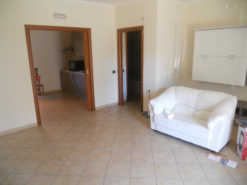 Appartamento in affitto a Teverola, 3 locali, prezzo € 450 | Cambio Casa.it