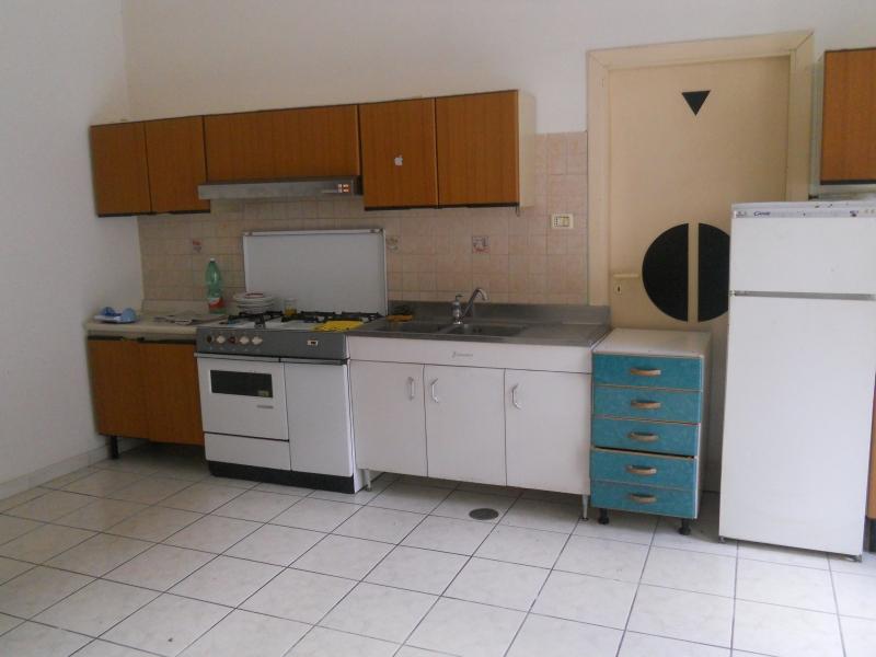 Appartamento in affitto a Aversa, 2 locali, prezzo € 270   CambioCasa.it