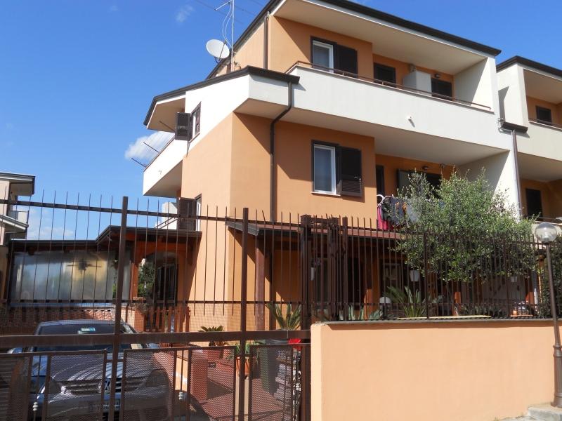 Villa in Vendita a Teverola