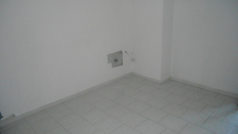 Appartamento affitto AVERSA (CE) - 2 LOCALI - 75 MQ - foto 4
