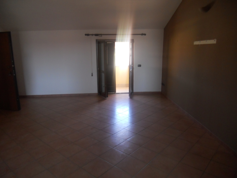 Appartamento affitto TRENTOLA-DUCENTA (CE) - 4 LOCALI - 125 MQ - foto 2
