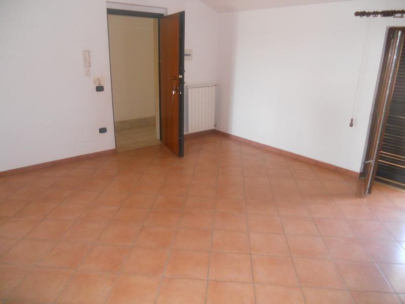 Appartamento affitto TRENTOLA-DUCENTA (CE) - 4 LOCALI - 125 MQ - foto 3